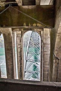 Épület fotó híd