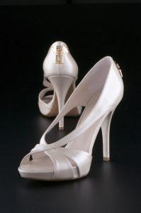 Tárgy fotó márkás cipő reklám