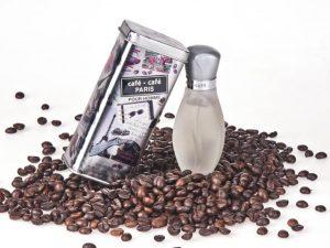 Tárgy fotó reklám kávé illatú illatszer after shave kávészemek