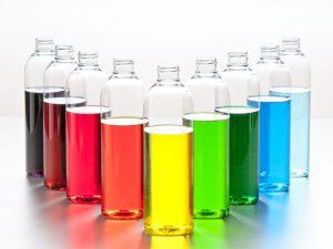 Tárgy fotó reklám szinek szines folyadék üvegben